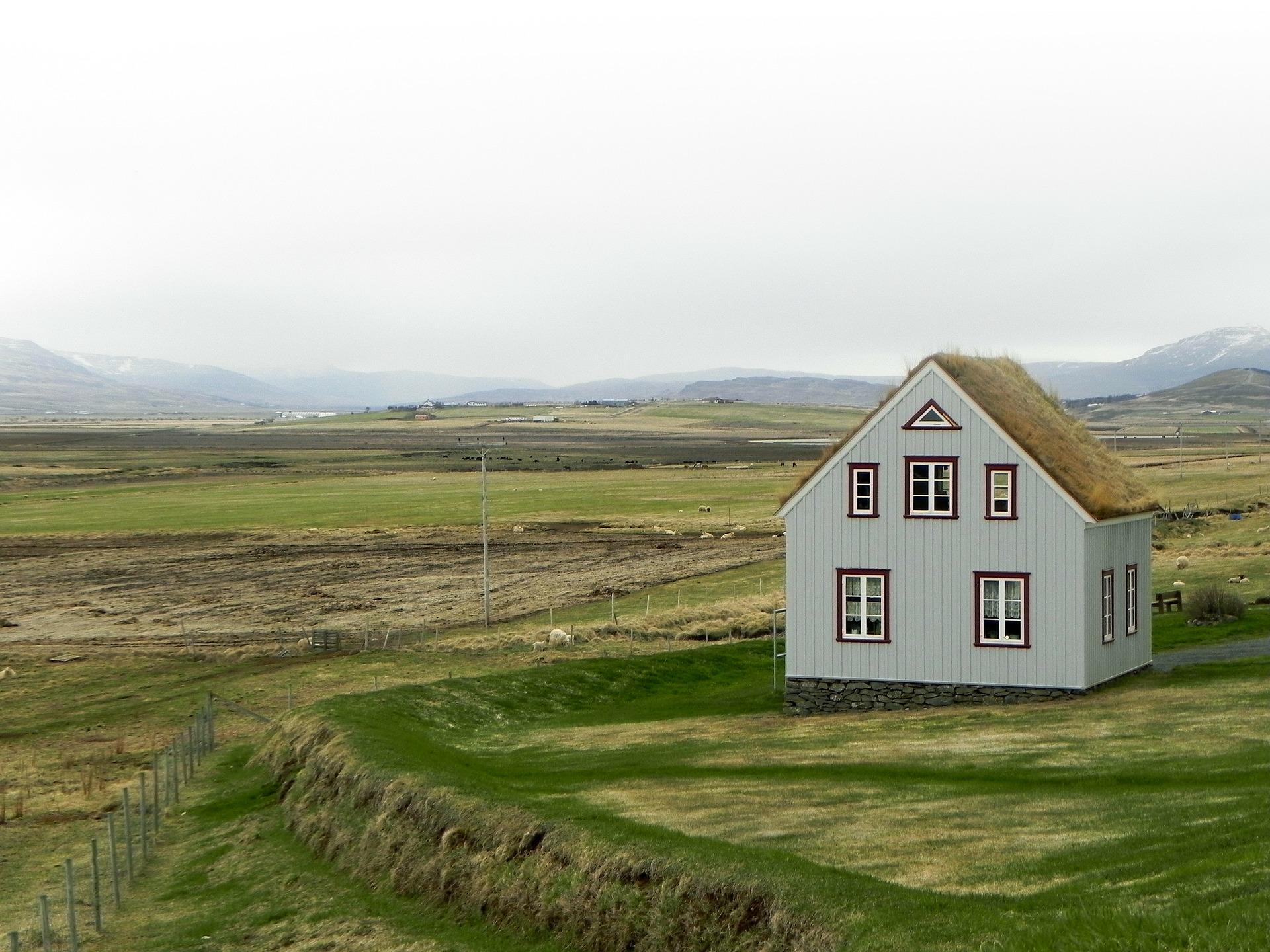 Alleinstehendes Haus im Grünen